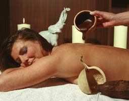 Hot-Chocolate-Massage als originelles Geschenk zu Weihnachten