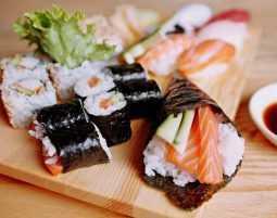 Sushi-Kochkurs als Weihnachtsgeschenk